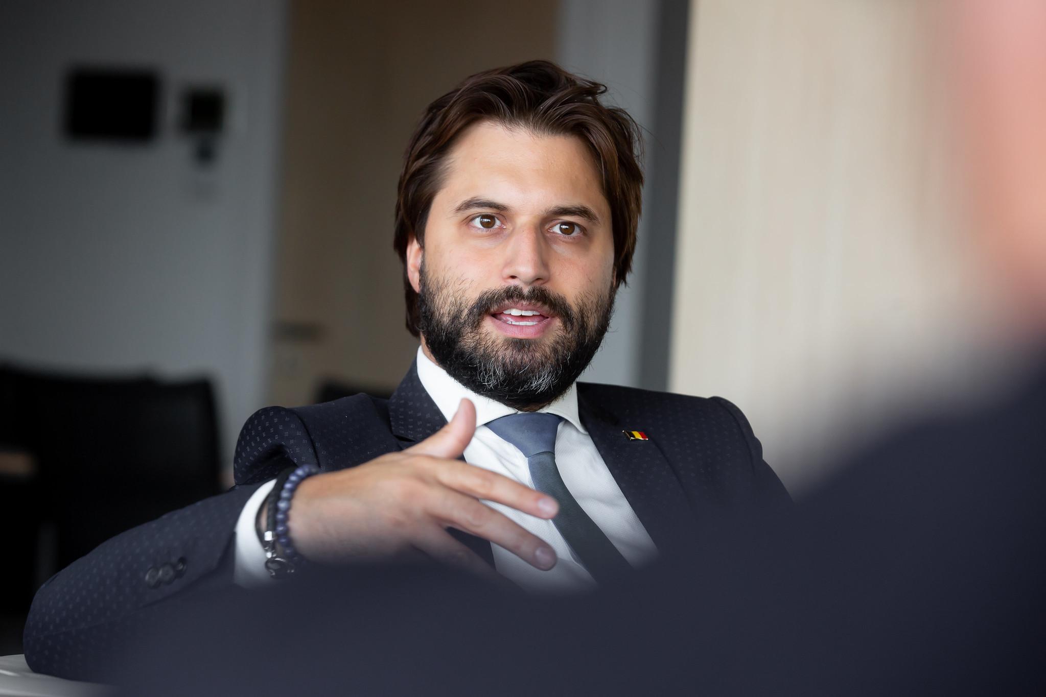 Georges-Louis Bouchez dans les médias flamands